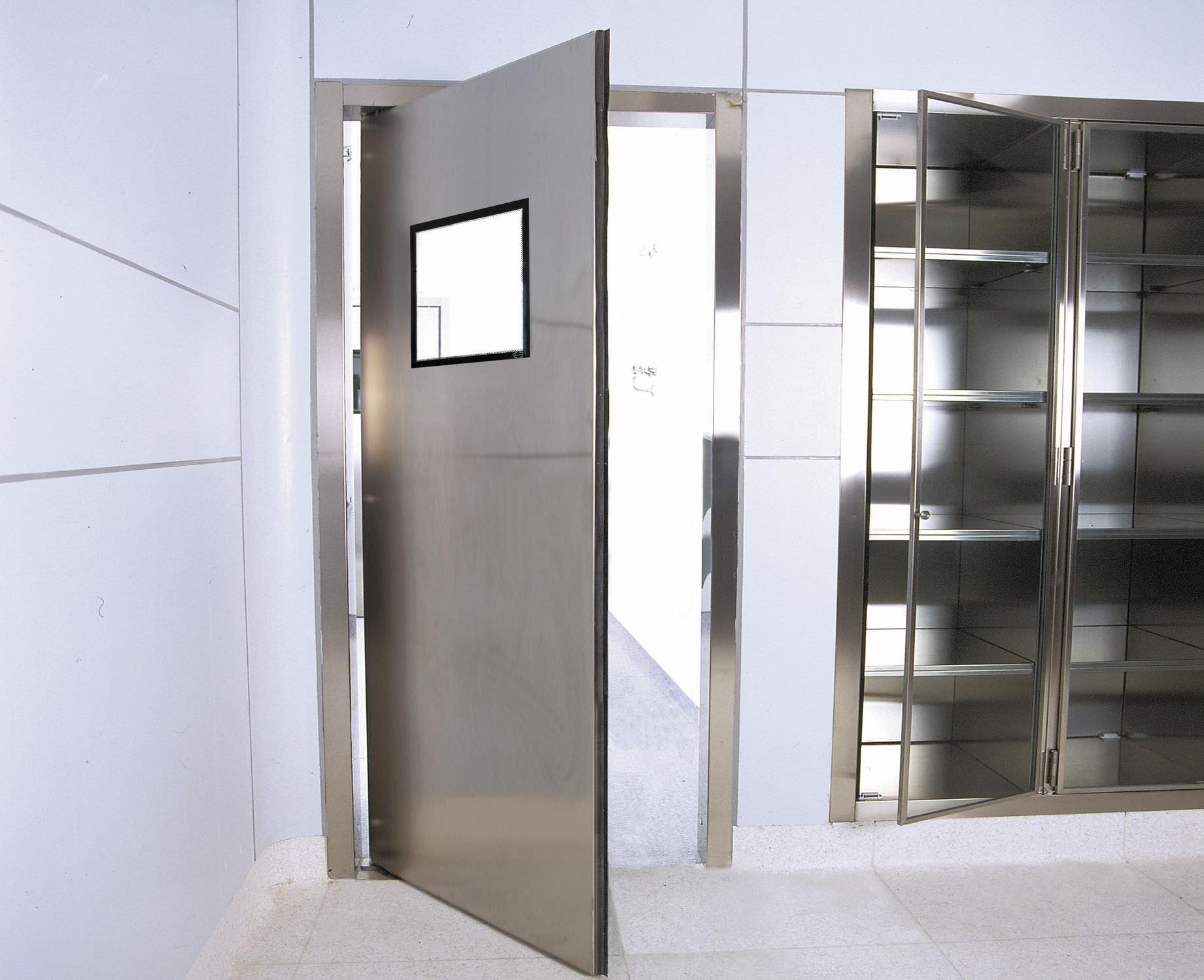 infissi acciaio inox mcd porte serramenti. Black Bedroom Furniture Sets. Home Design Ideas