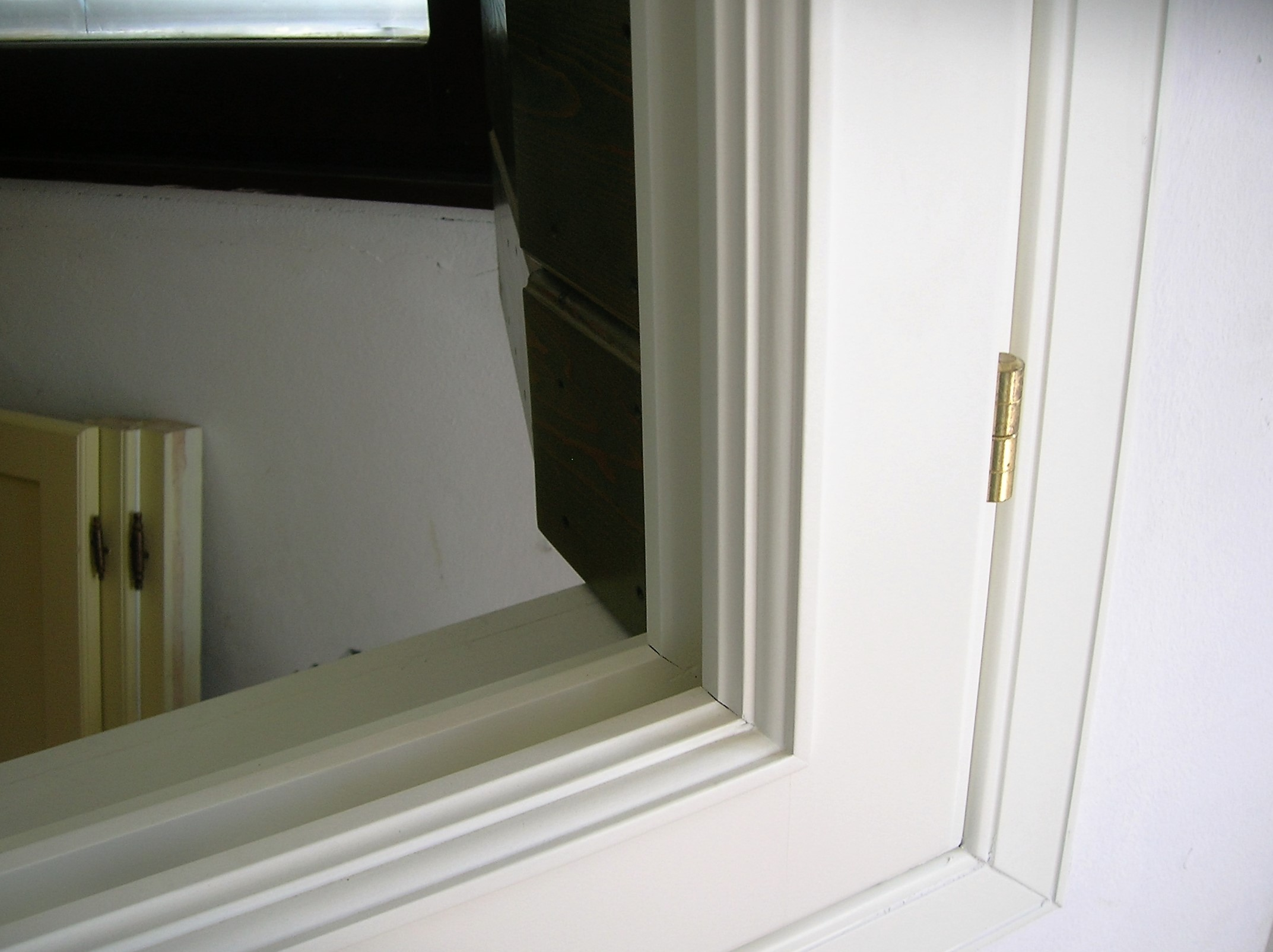 Infissi in legno bianco awesome finestra in legno con - La finestra biz opinioni ...