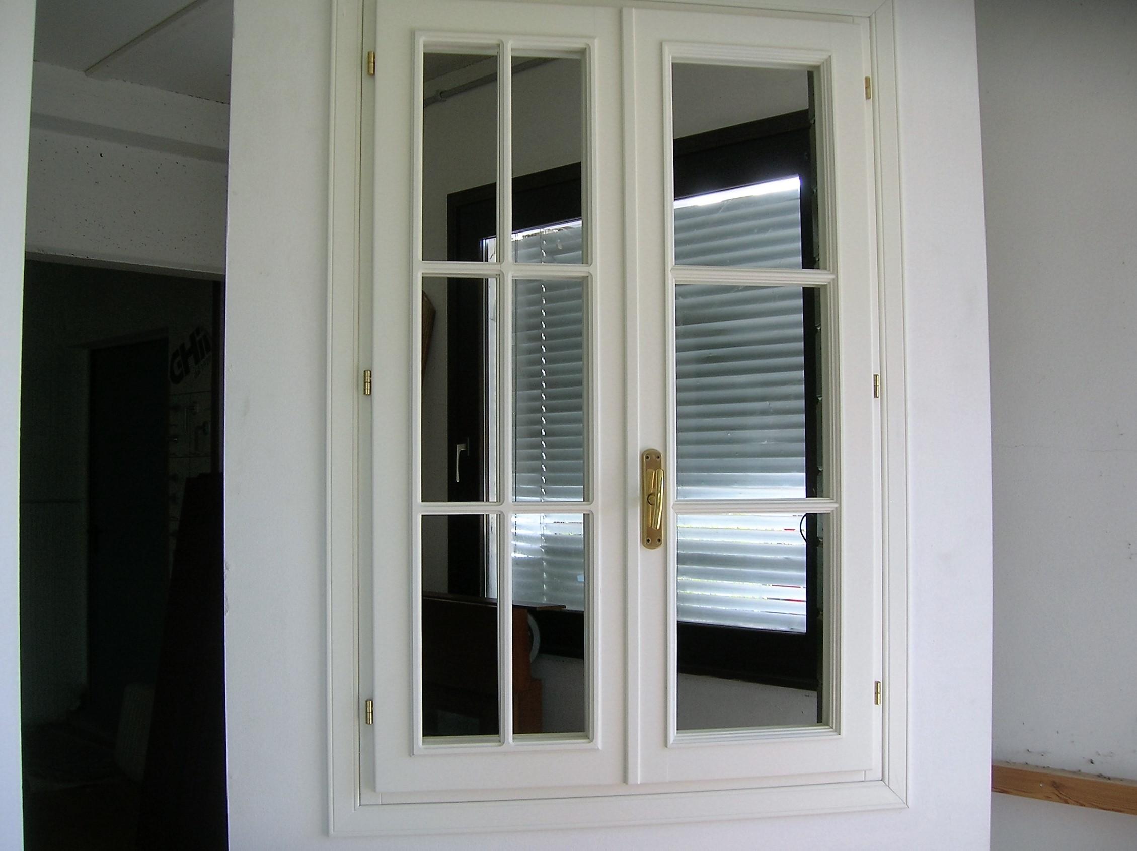 Infissi legno mcd arredamenti - Infissi e finestre ...